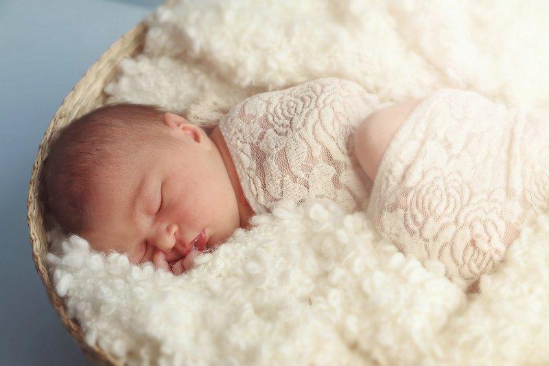 śpioszki dla niemowląt