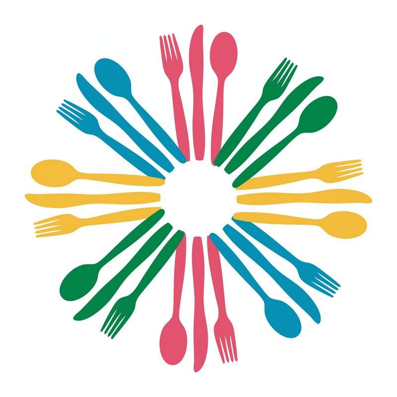 Sztućce, miseczki talerzyki dla najmłodszych czyli nauka samodzielności przy stole