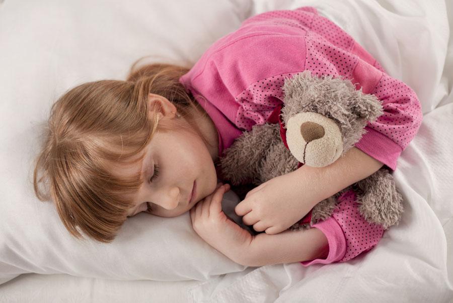 Jak zapewnić dziecku zdrowy sen?
